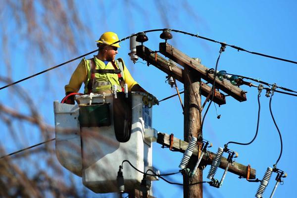 Сколько стоит подключить электричество к частному дому