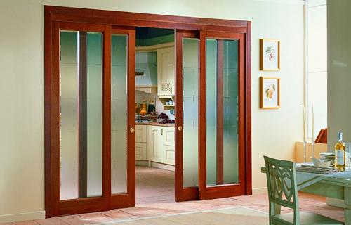 Межкомнатные двери: решили купить дешевую раздвижную дверь?